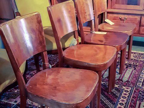 Horgen Glarus Stühle